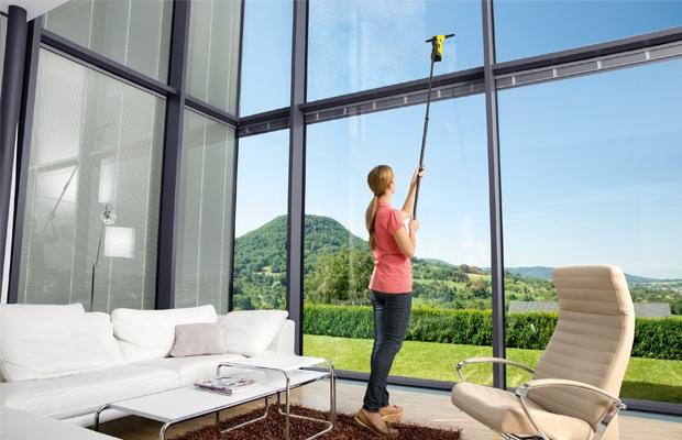 nettoyeur de vitre avec bras téléscopique